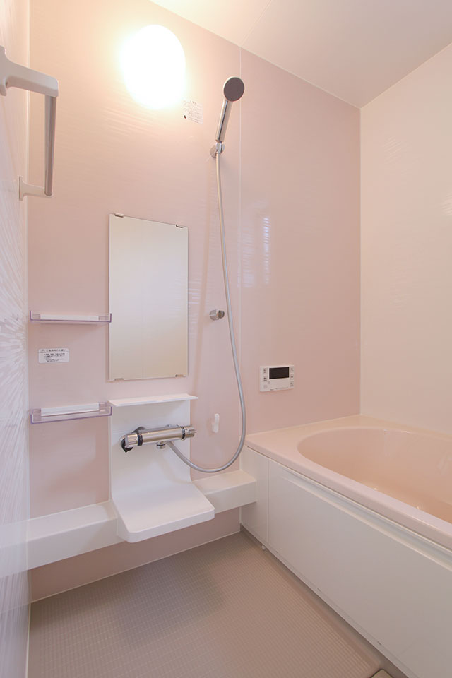 自然素材で建てる注文住宅ここち家S様邸システムバスお風呂